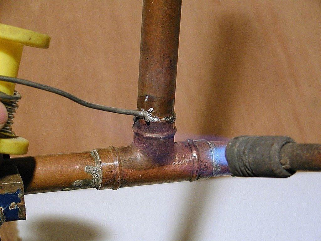 fuite d'eau tuyau